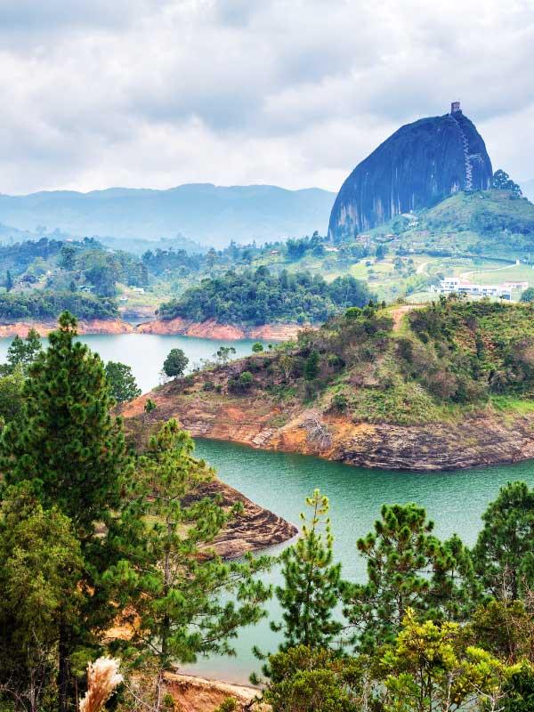 górsko jeziorny krajobraz