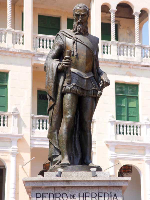 pomnik pedro de heredia
